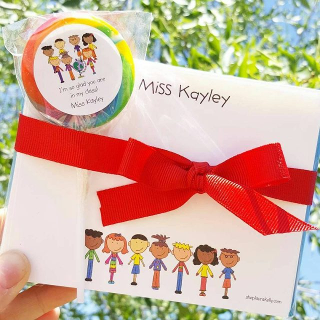 Back to School personalized lollipops from shoplaurakellycom are super funhellip