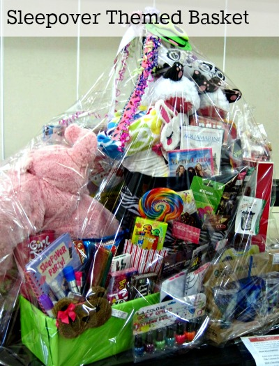 Classroom Theme Basket Ideas ~ Fundraiser auction baskets great gift basket ideas
