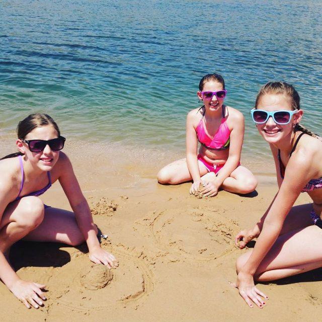 Beating the heat at the ColoradoRiver! topock lakehavasu needlesca beachdayhellip