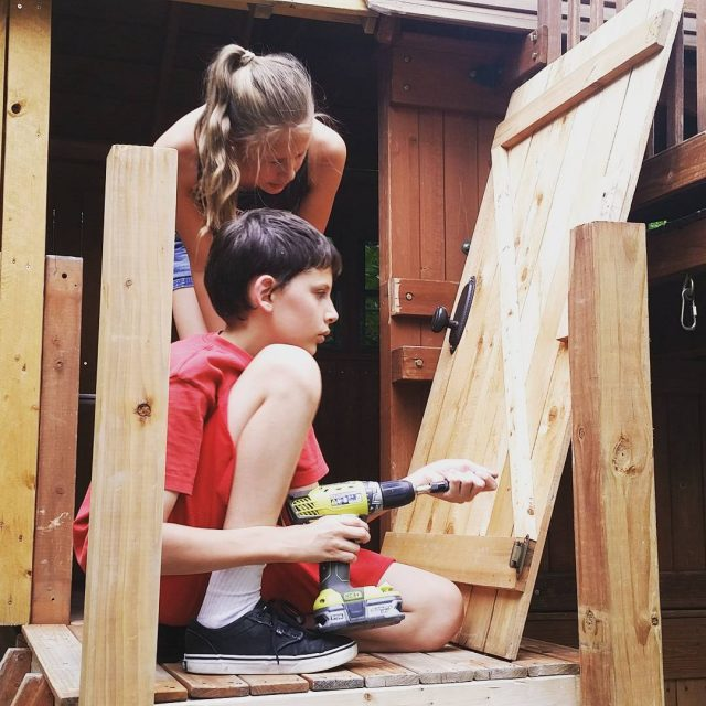 Loved watching these two work together building a door forhellip